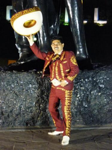 mariachis en lima13