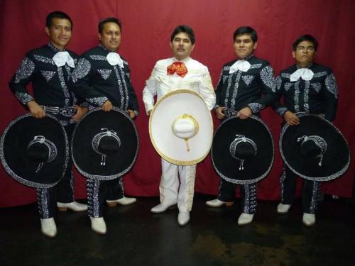 mariachis en lima9